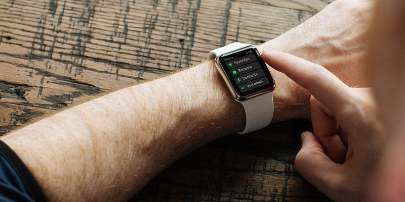 How to use smart watch